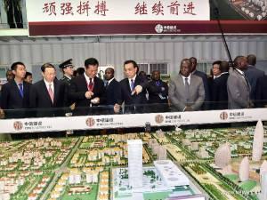 O primeiro ministro chinês com o presidente da Angola